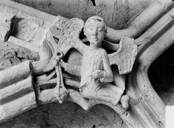 Eglise Clef de voûte, ange thuriferaire, Service photographique,
