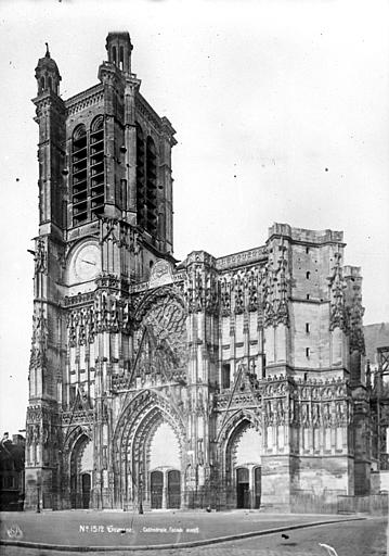Cathédrale Saint-Gatien Transept sud, Mieusement, Médéric (photographe),