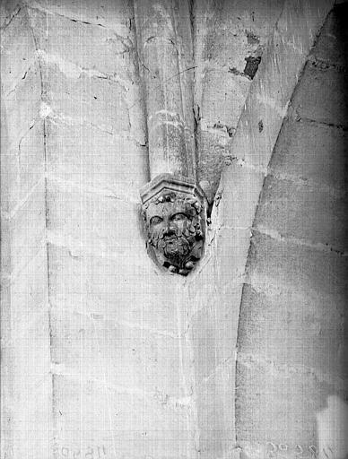 Cathédrale Notre-Dame Tête d'amortissement, intérieur de la tour sud, Lajoie, Abel,