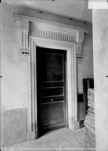 Maison Petite porte Louis XVI, Verneau, G.,