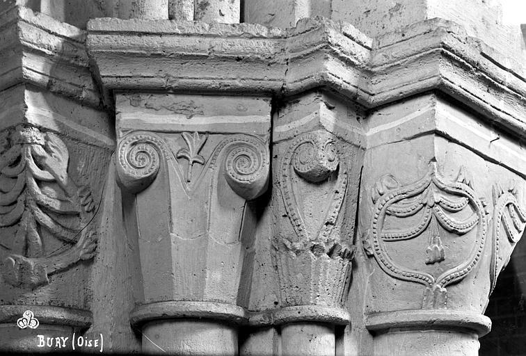Eglise Saint-Lucien Chapiteaux du 3ème pilier de la nef et du bas-côté nord (face est), Robert, Paul (photographe),