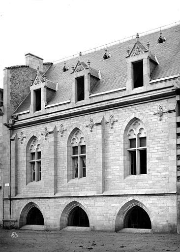 Cathédrale Saint-Martin Salle capitulaire : façade est, Mieusement, Médéric (photographe),