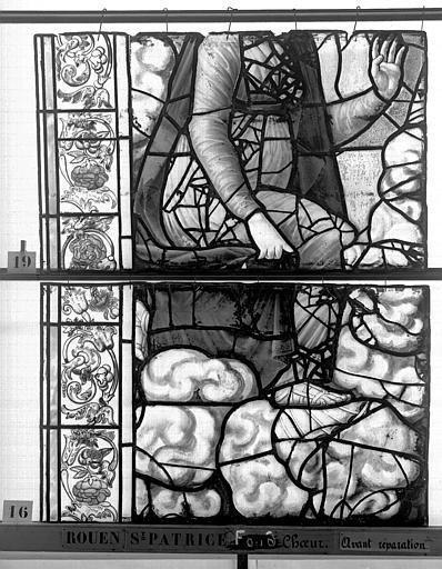 Eglise Saint-Patrice Vitrail, fenêtre au fond du choeur, la Crucifixion, lancette de gauche, deuxième panneau supérieur, Heuzé, Henri (photographe),