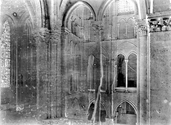 Eglise Saint-Rémi Triforium, du côté de l'entrée, Mieusement, Médéric (photographe),