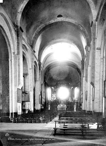Eglise Vue intérieure de la nef vers le choeur, Mieusement, Médéric (photographe),