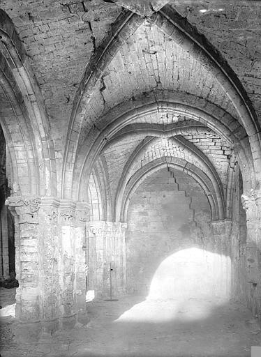 Chapelle Saint-Evremond Vue intérieure de la chapelle du choeur, Durand, Jean-Eugène (photographe),
