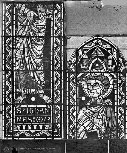 Cathédrale Saint-Etienne Vitrail : saint Jean l'évangéliste, Leprévost (photographe),