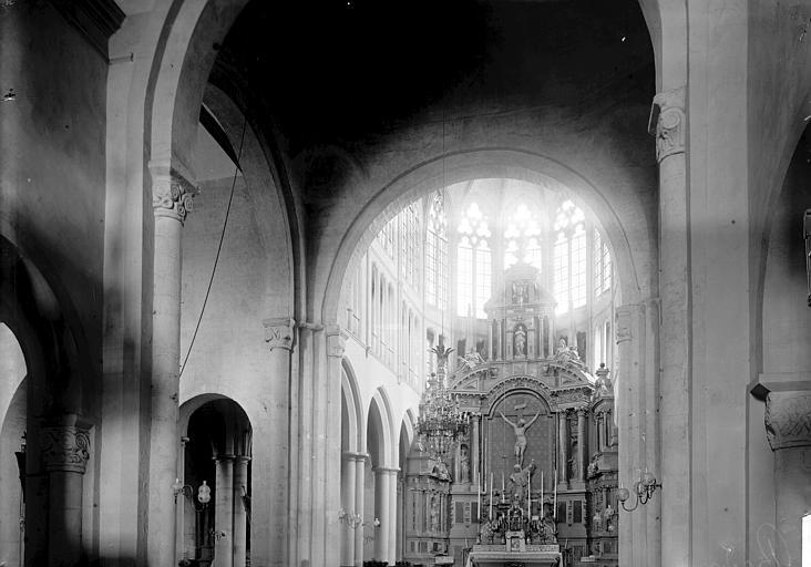 Eglise Saint-Sauveur Choeur, Enlart, Camille (historien),