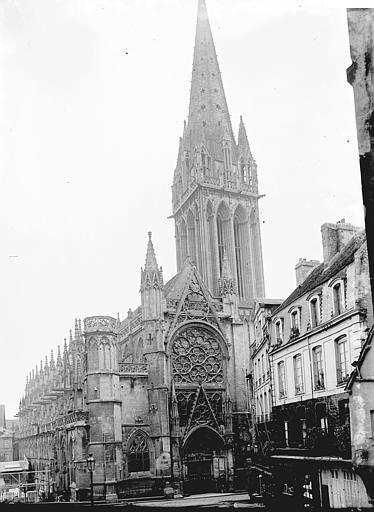 Eglise Saint-Pierre Clocher, Enlart, Camille (historien),