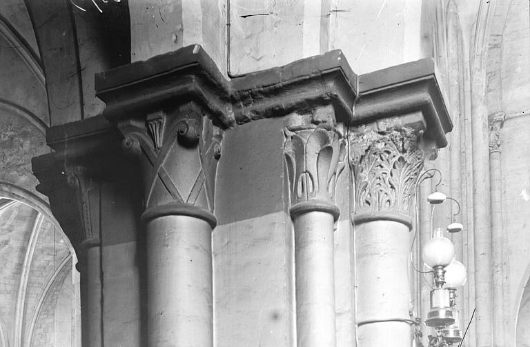 Eglise Saint-Pierre-de-Montmartre Chapiteaux, Enlart, Camille (historien),