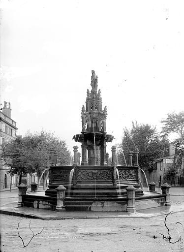 Fontaine d'Amboise Vue d'ensemble, Durand, Jean-Eugène (photographe),