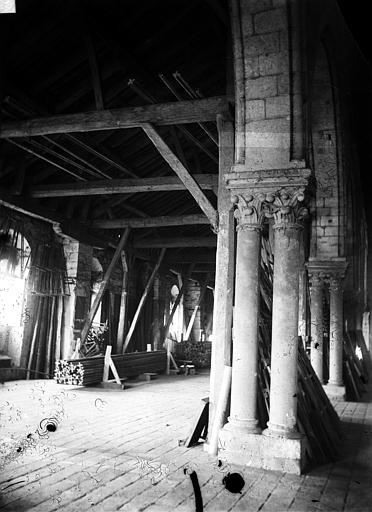 Greniers Saint-Jean Vue intérieure, Berthault (photographe),