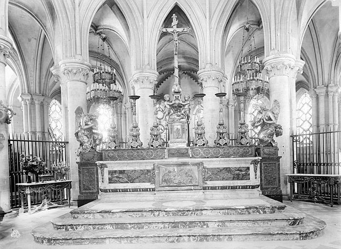 Eglise de Saint-Etienne-le-Vieux (ancienne) Autel, grand, Durand, Jean-Eugène (photographe),