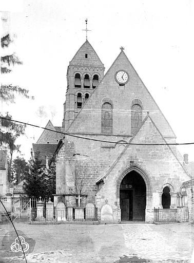 Eglise de Nogent-les-Vierges , Neurdein Frères (photographes),