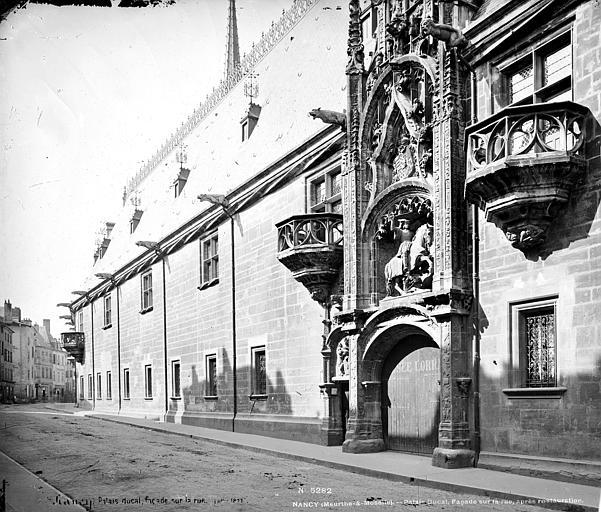 Palais Ducal (ancien) Façade d'entrée sur rue, Mieusement, Médéric (photographe),