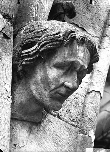 Cathédrale Notre-Dame Tête d'amortissement, arc de l'abside, Lajoie, Abel,
