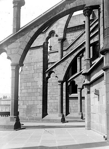 Cathédrale Notre-Dame Arcs-boutants, Chaine, Henri (architecte),