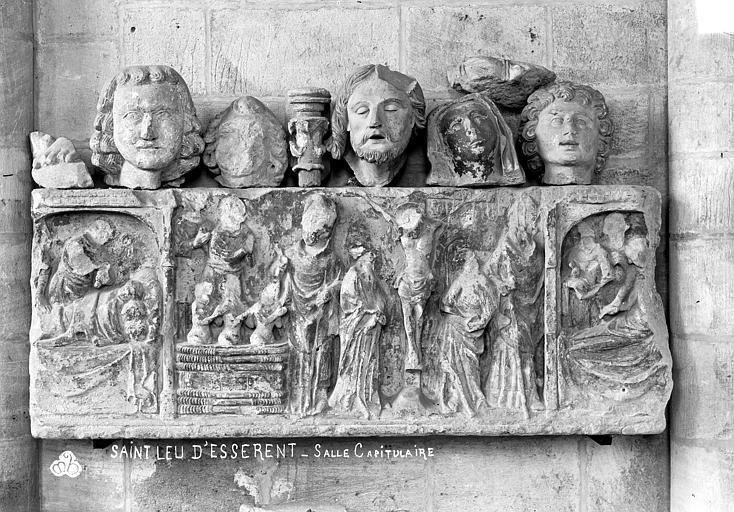 Abbaye Saint-Nicolas (ancienne) Eglise, bas-relief dans la salle capitulaire, Robert, Paul (photographe),