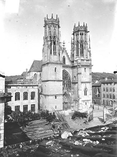 Eglise Saint-Martin Ensemble ouest, Queste, P. photographe),