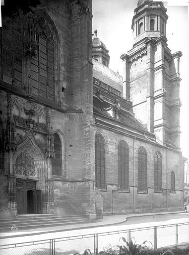 Eglise Saint-Michel Nef, au nord, Durand, Eugène (photographe),
