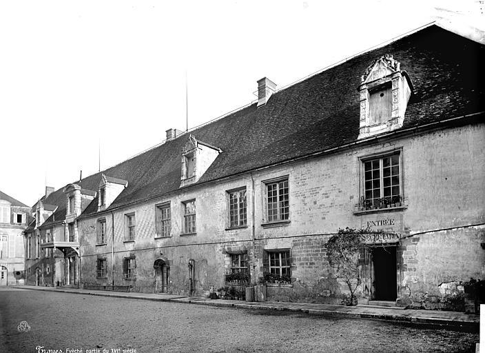 Evêché (ancien) Aile du 16ème siècle, Mieusement, Médéric (photographe),