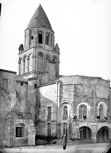 Eglise Sainte-Marie-aux-Dames (ancienne) Clocher et abside, côté sud-est, Mieusement, Médéric (photographe),