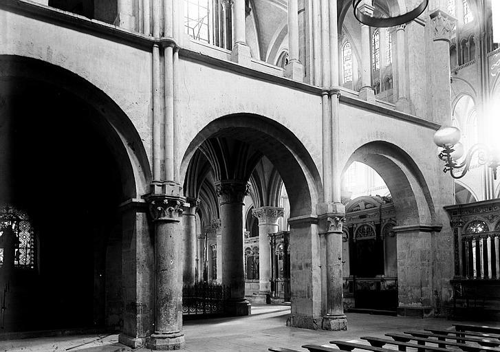 Basilique Saint-Remi Travées, Enlart, Camille (historien),