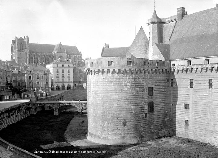 Château des ducs de Bretagne Enceinte fortifiée : Tour et vue sur la cathédrale, Mieusement, Médéric (photographe),