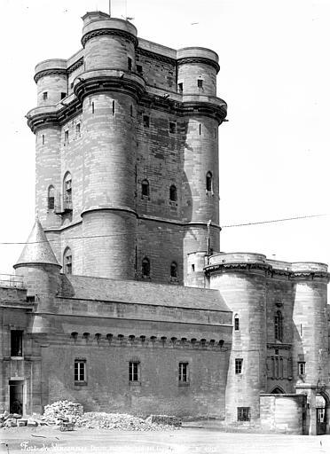 Château Donjon : Ensemble sud-est, ,