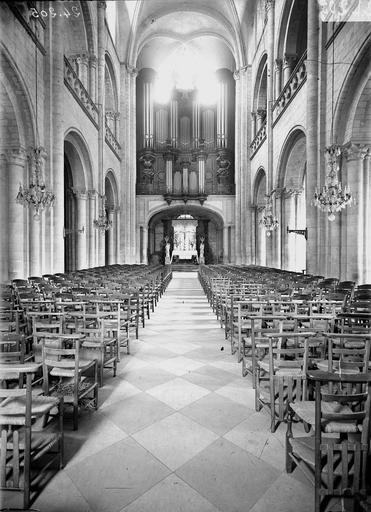 Eglise de Saint-Etienne-le-Vieux (ancienne) Nef, vue du choeur, Service photographique,