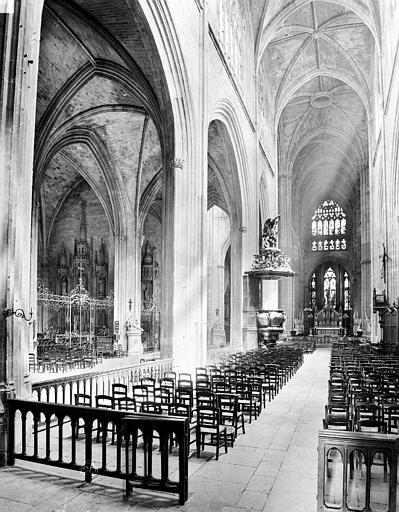 Eglise Saint-Michel Nef et bas-côté, Neurdein Frères (photographes),