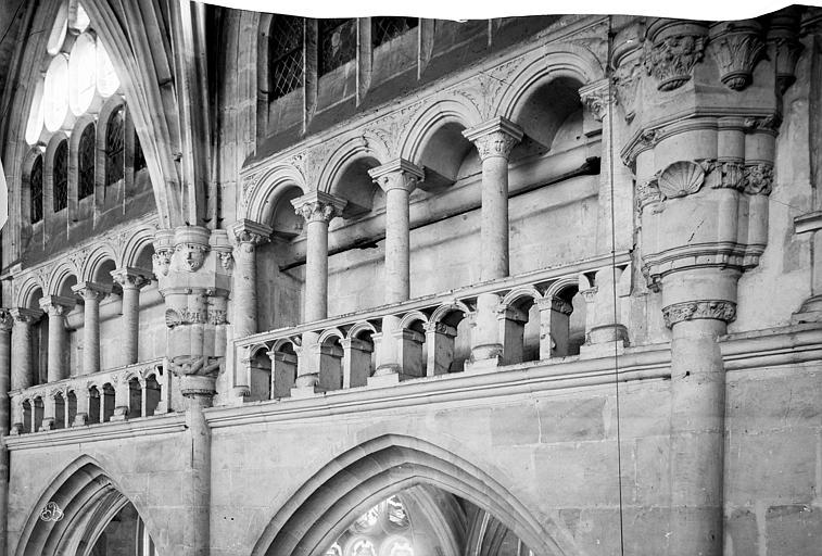 Eglise Saint-Taurin Vue intérieure de la nef, côté sud : tribune, Mieusement, Médéric (photographe),
