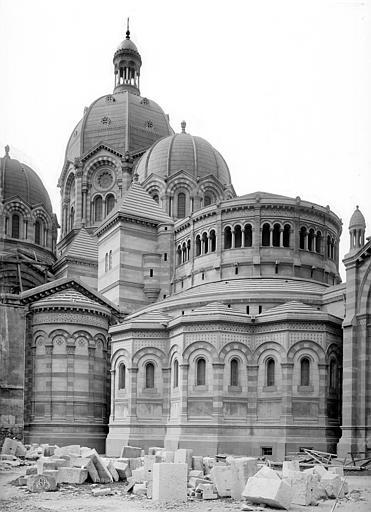 Cathédrale Sainte-Marie-Majeure Abside, côté nord-est, Mieusement, Médéric (photographe),