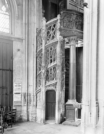 Eglise Saint-Maclou Escalier des orgues, Neurdein Frères (photographes),