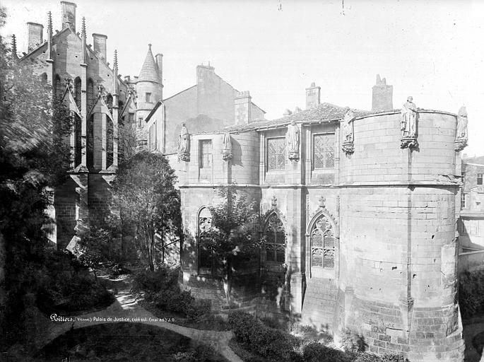 Palais des Comtes de Poitiers (ancien) ; Palais de Justice Grande salle et tour Maubergeon, à l'est, Durand, Jean-Eugène (photographe),