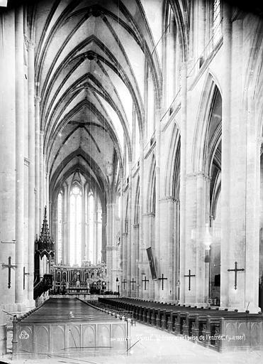 Cathédrale Saint-Etienne (ancienne) Vue intérieure de la nef, vers le choeur, Mieusement, Médéric (photographe),