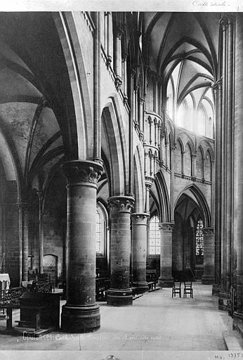 Cathédrale Notre-Dame Vue intérieure du déambulatoire, Mieusement, Médéric (photographe),