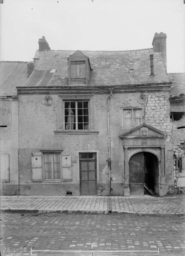 Maison/Hôtel Maupinot Façade, Verneau, G.,