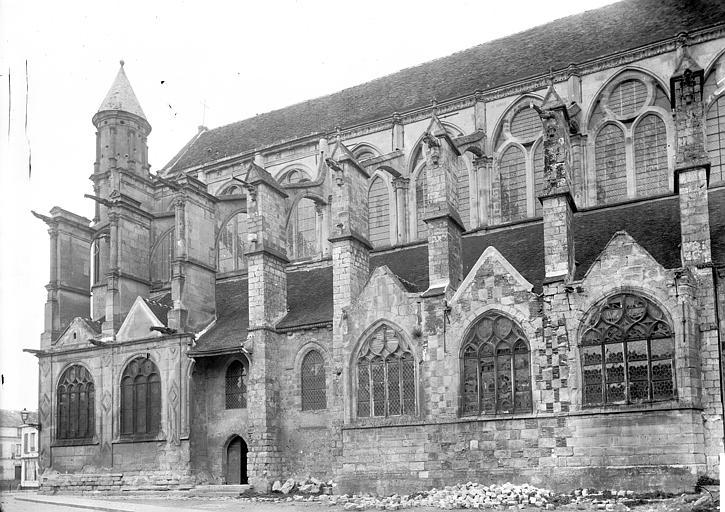 Eglise Partie sud, Enlart, Camille (historien),