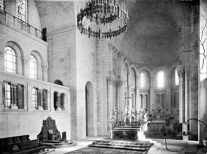 Cathédrale Saint-Front Vue intérieure du choeur, Mieusement, Médéric (photographe),