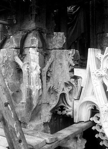 Cathédrale Détail de sculpture, Chaine, Henri (architecte),