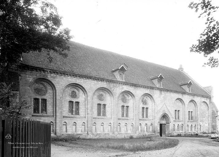 Abbaye (ancienne) Salle des Morts, ensemble ouest, Durand, Eugène (photographe),