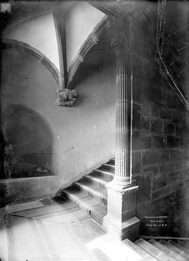 Petit séminaire (ancien), Hôtel Renaissance dit La Labenche Escalier, Durand, Jean-Eugène (photographe),