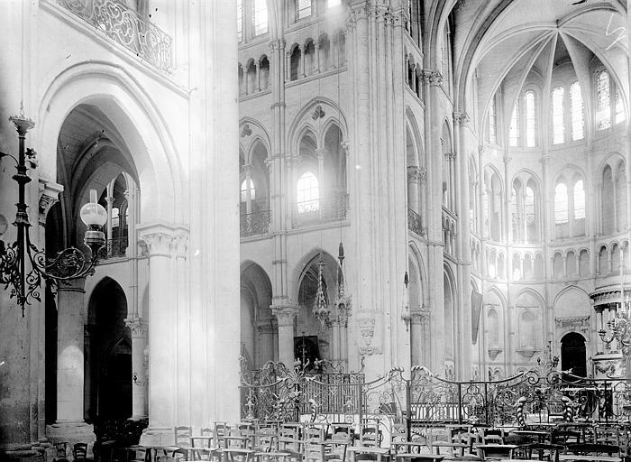 Cathédrale Notre-Dame Croisée du transept, Enlart, Camille (historien),