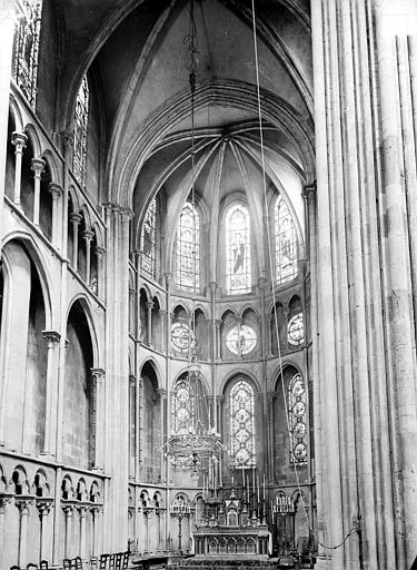 Eglise Notre-Dame Vue intérieure du choeur, Gossin (photographe),