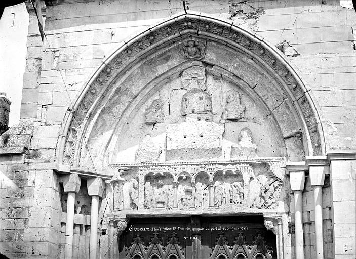 Eglise Saint-Taurin Portail de la façade sud : Tympan, Mieusement, Médéric (photographe),