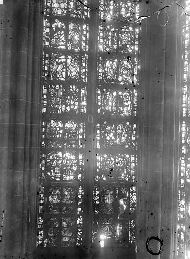Cathédrale Notre-Dame Chapelles du choeur, vitrail O, Gaudin,