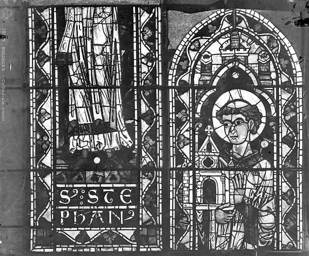 Cathédrale Saint-Etienne Vitrail : saint Etienne, Leprévost (photographe),
