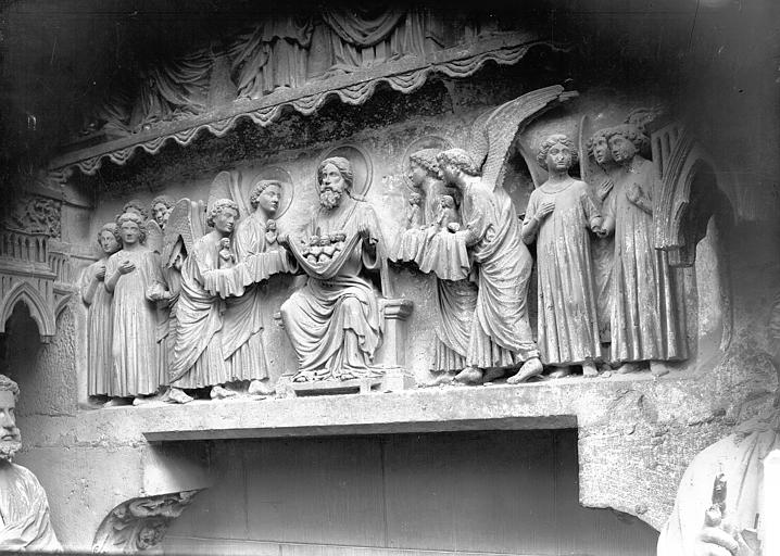 Cathédrale Notre-Dame Portail nors, linteau, les Elus, Lajoie, Abel,