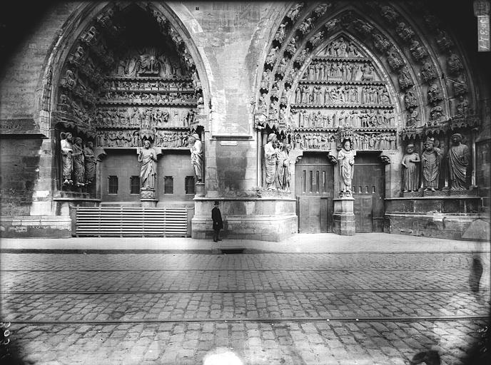Cathédrale Notre-Dame Portail nord, les deux portes, Lajoie, Abel,